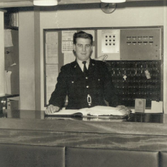 PC Trevor Peterson - Front counter of St Albans Police Station | Herts Constabulary