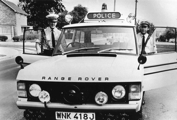 Range Rover Traffic Cars