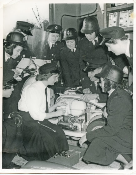 Scooter Maintenance Training | Herts Police Historical Society