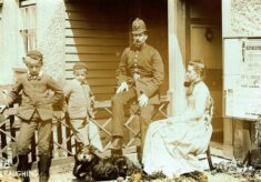 PC 25A Ernest George Rolph and Family at Braughing